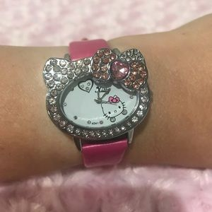 ✨✨Hello Kitty Hot Pink Blinged Out Watch✨✨